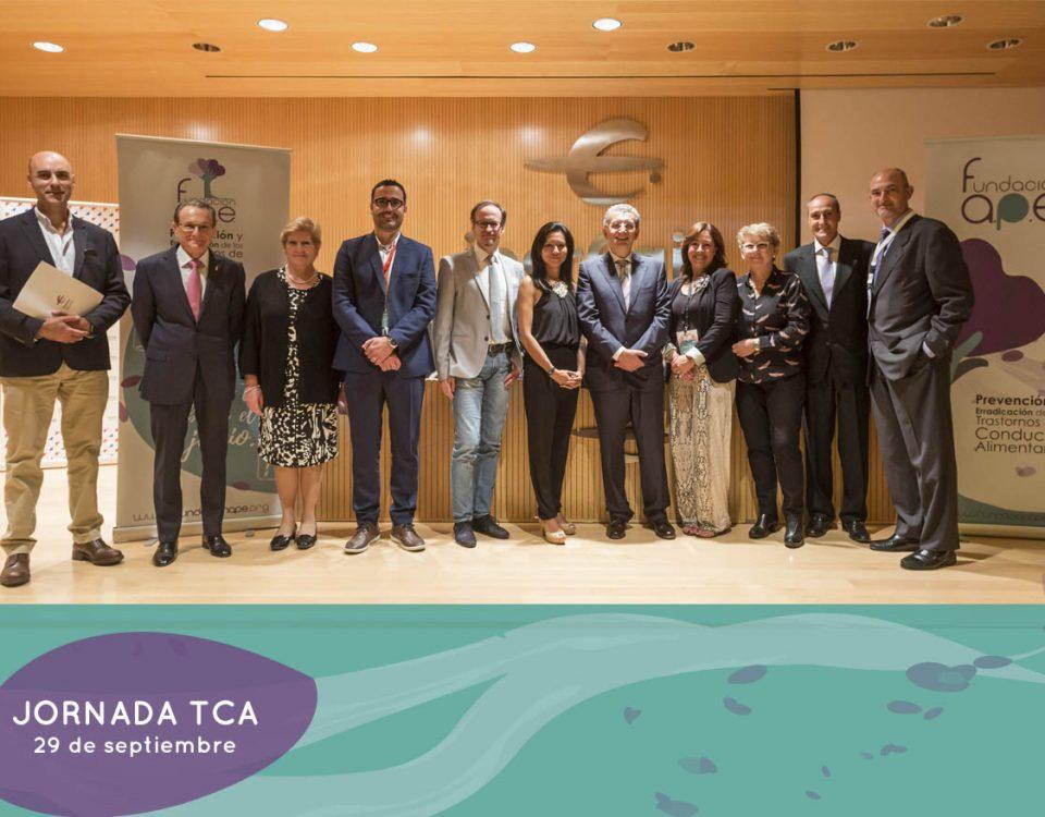 Ponentes con representantes de la Fundación APE